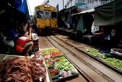 #86: Visit the Railway Market in Thailand: 100 Family Travel Experiences